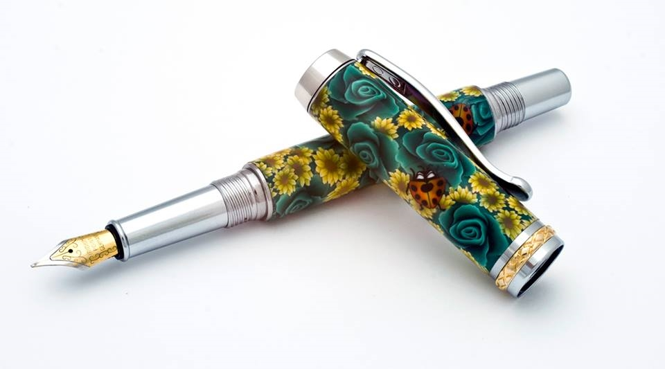 Green Rose with Sunflowers Fountain Pen